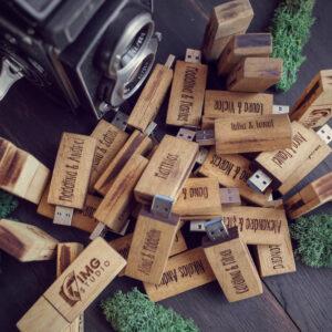 Stick USB 3.0 din lemn