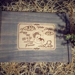 GuestBook - model Botez - Ursulet pe luna